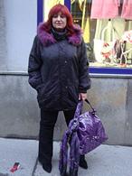 �ern� zimn� bunda s kapucou, fialov� ko��ek